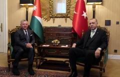 الملك-عبدالله-الثاني-يلتقي-الرئيس-التركي-أردوغان