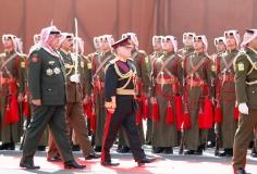 جلالة-الملك-عبدالله-الثاني-بن-الحسين-يرتدي-لباس-العرش