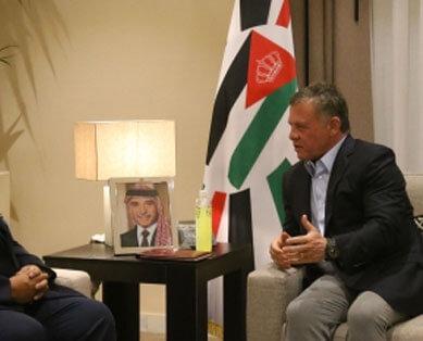 الملك يلتقي رئيسي وزراء الباكستان وإيطاليا